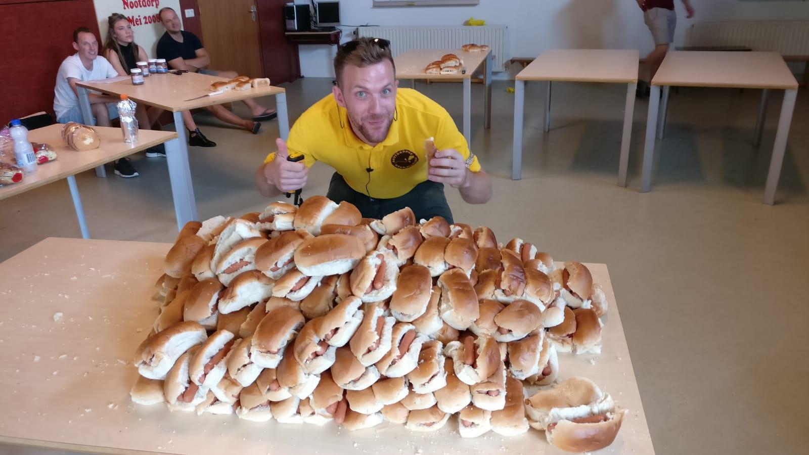 Gesponsorde Broodjes Van Bakkerij 't Stoepje Op Vrijdag.
